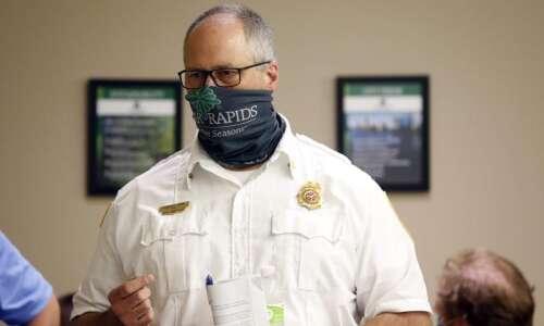 Cedar Rapids firefighters get COVID-19 vaccines, Iowa City firefighters have…