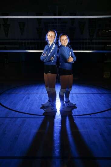 Dike-New Hartford's Petersen twins are second-generation superstars