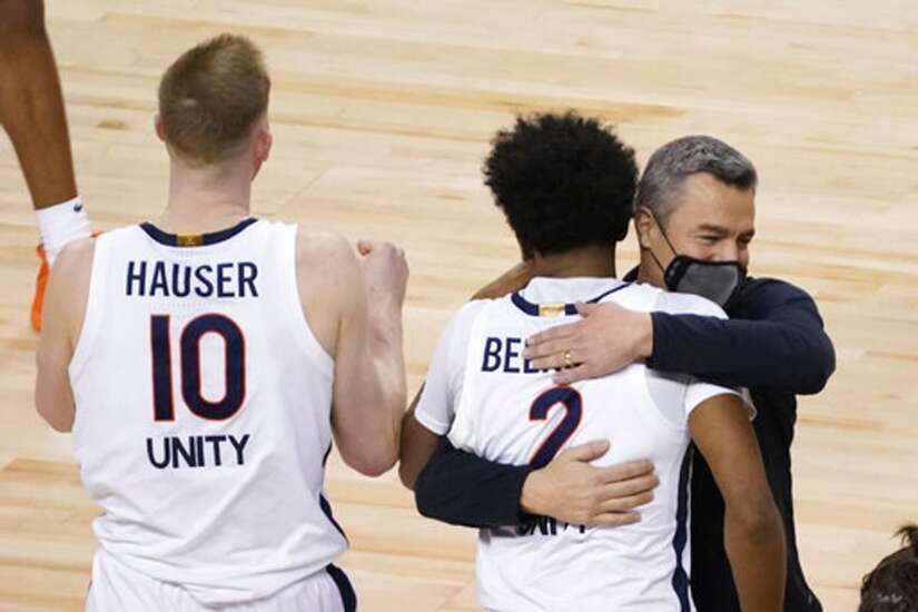 Iowa men's basketball to play at Virginia in ACC/Big Ten Challenge