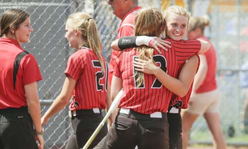 Lisbon returns to state softball semifinals for 4th straight year
