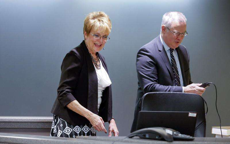 Cedar Rapids court reporter, still 'passionate' about job, retires after 42 years