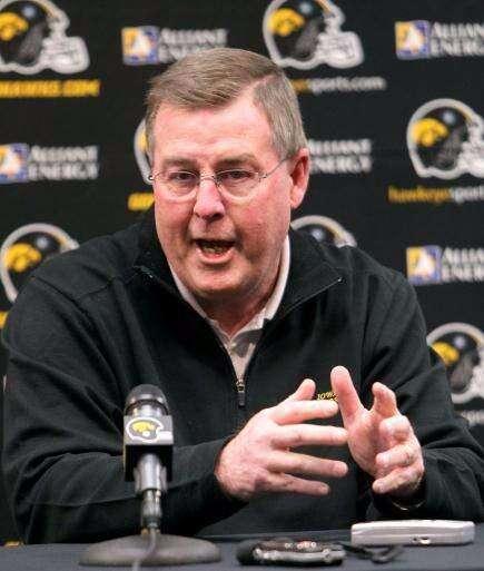 First impression: I like what I heard from Iowa offensive coordinator Greg Davis Wednesday