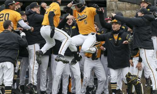 Iowa baseball team has turned it around, hopes to keep…
