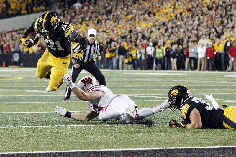 Fully healthy Ivory Kelly-Martin should be a boon for Iowa football