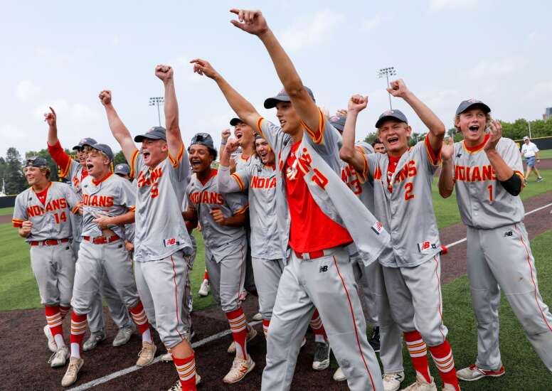 Marion wins thriller over Dubuque Wahlert for Class 3A state baseball championship