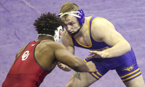 Parker Keckeisen steps into UNI wrestling lineup and hasn't lost…