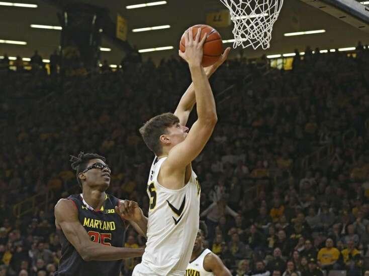 Iowa men's basketball hard-pressed to get season sweep of Maryland