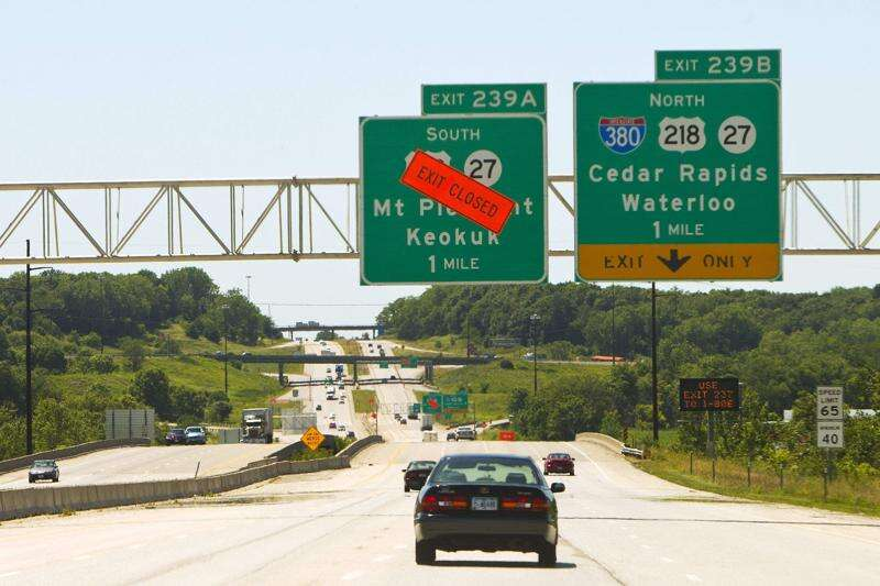 I-80 southbound 218 ramp closing Monday