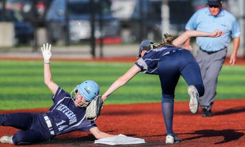 Cedar Rapids Jefferson, Xavier battle to an MVC softball split