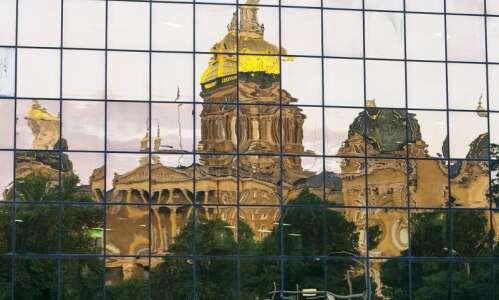 Nearly united Iowa House backs free speech bill