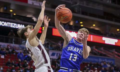 Iowa boys' state basketball 2021: Friday's championship scores, stats, game…