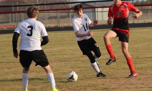 Ranked soccer teams battle in Wellman