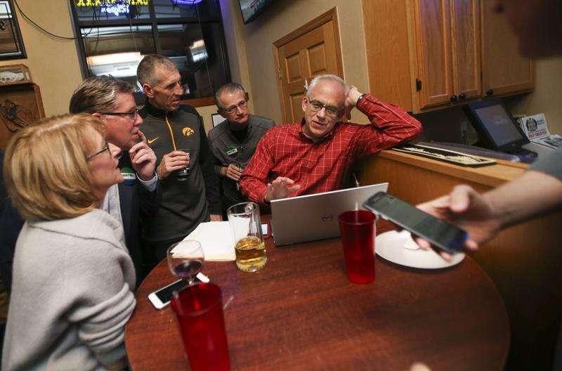 Brad Hart wins race for Cedar Rapids mayor