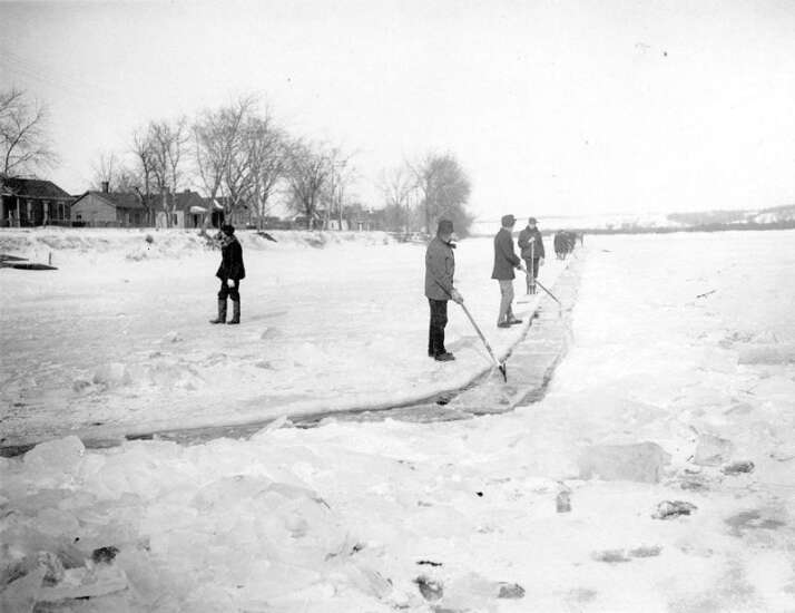 Time Machine: 'Natural' Hubbard Ice was cut from frozen Cedar before plant produced 'artificial' ice