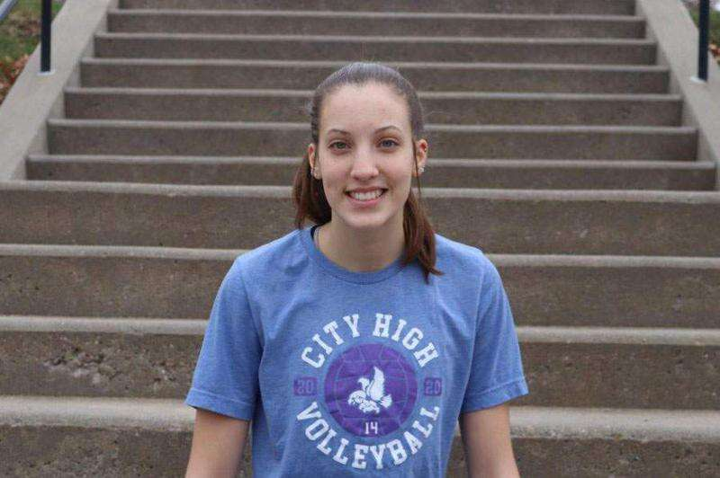 City High's Claire Ernst shines on volleyball court