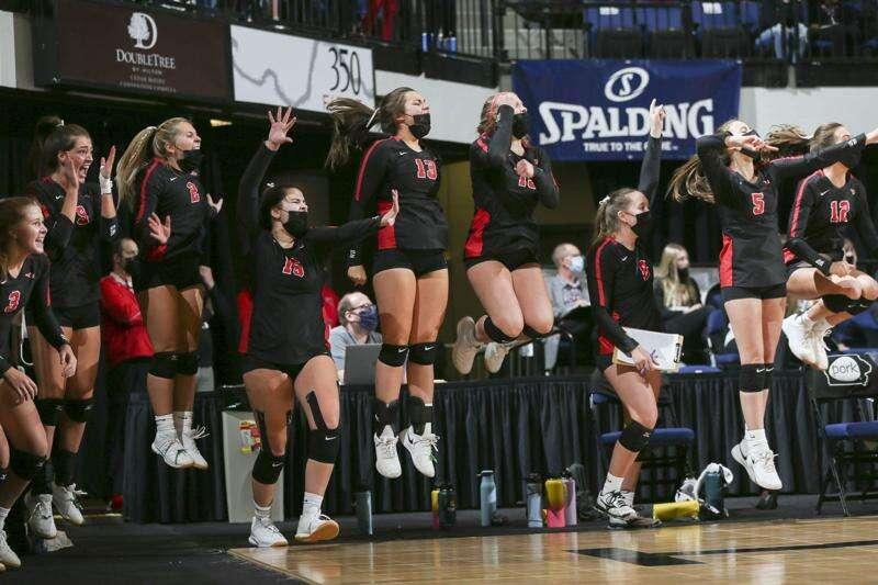 Photos: Western Dubuque vs. Sergeant Bluff-Luton, Iowa Class 4A state volleyball quarterfinals