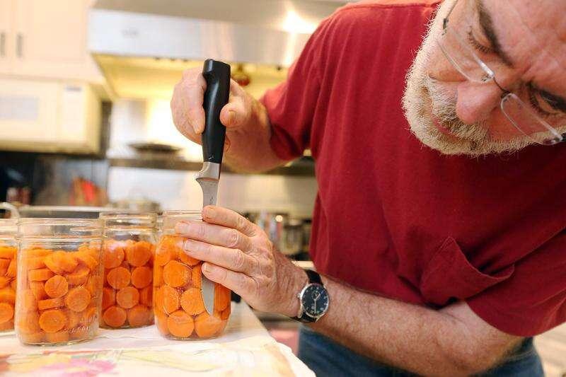 Iowa City doctor wins State Fair award for food contest success, leadership