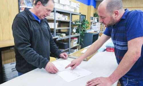 AdCraft Printing in Cedar Rapids stays local