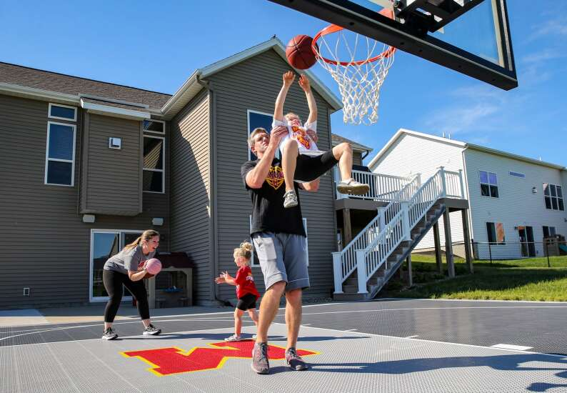 Hoops at home: Marion family adds a half-court to their backyard