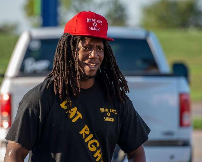 Cedar Rapids' Willie Ray's Q Shack heads to Louisiana to feed Hurricane Ida victims
