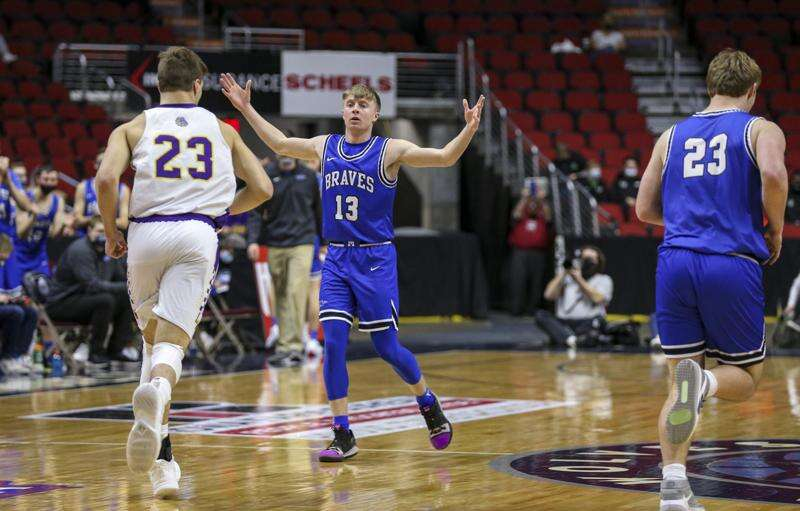 Montezuma returns to boys' state basketball semifinals