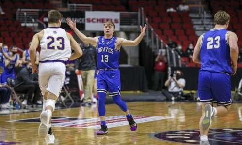 Montezuma returns to boys' state basketball semifinals