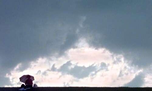 Memorial Day weekend weather will be wet for Cedar Rapids…