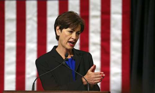 What Kim Reynolds and King George have in common