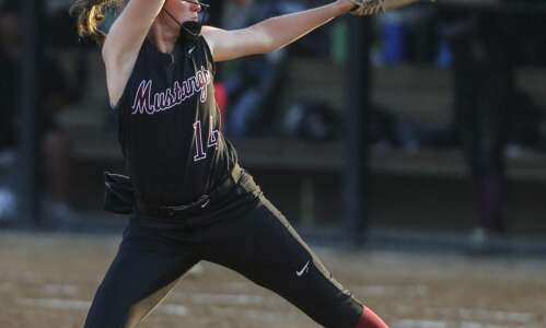 Mount Vernon sweeps Solon in key Class 3A doubleheader