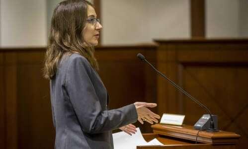 Judge hears arguments over Iowa abortion waiting period