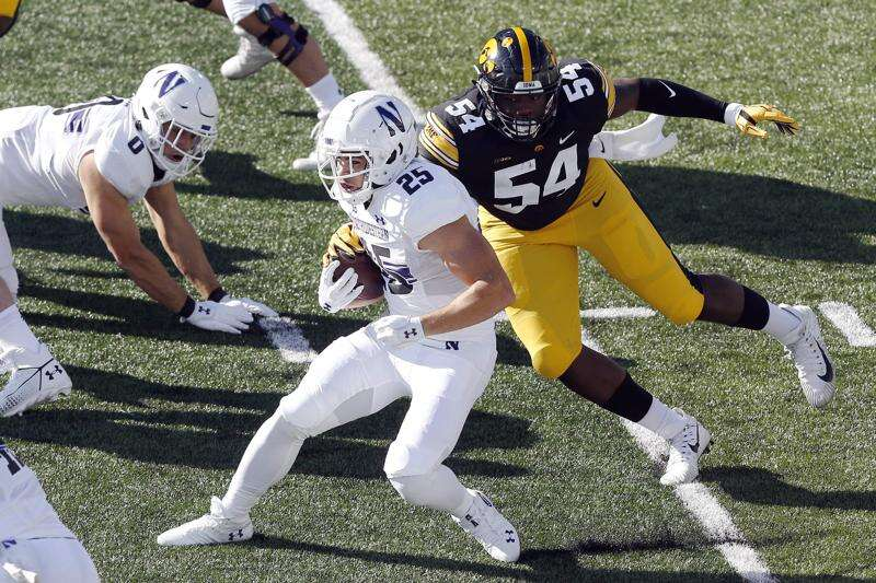 Iowa DT Daviyon Nixon stands out again, but he isn't satisfied after another loss