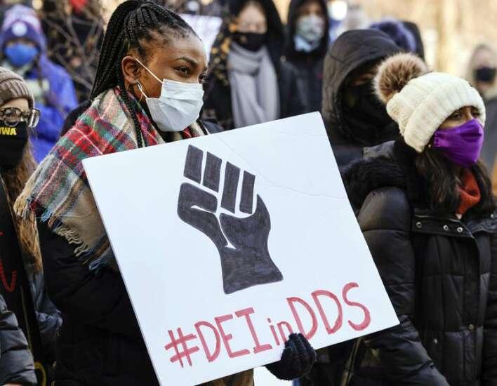 University of Iowa dental students demand change despite legislative blowback