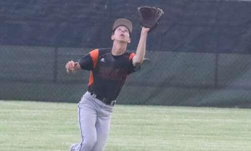 Fairfield baseball offense too much for Mt. Pleasant