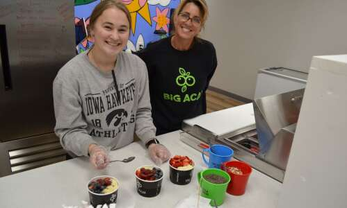 Big Acai Bowls opens franchise in Fairfield