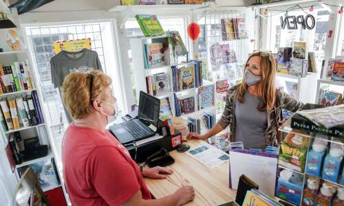 Uptown Marion's Swamp Fox Bookstore aims for 'community'
