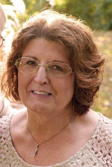 Three Eastern Iowa family members killed in head-on crash near West Union