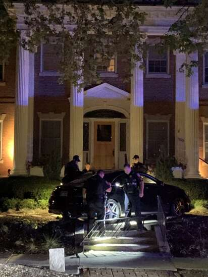 Chase ends with car on lawn of University of Iowa president