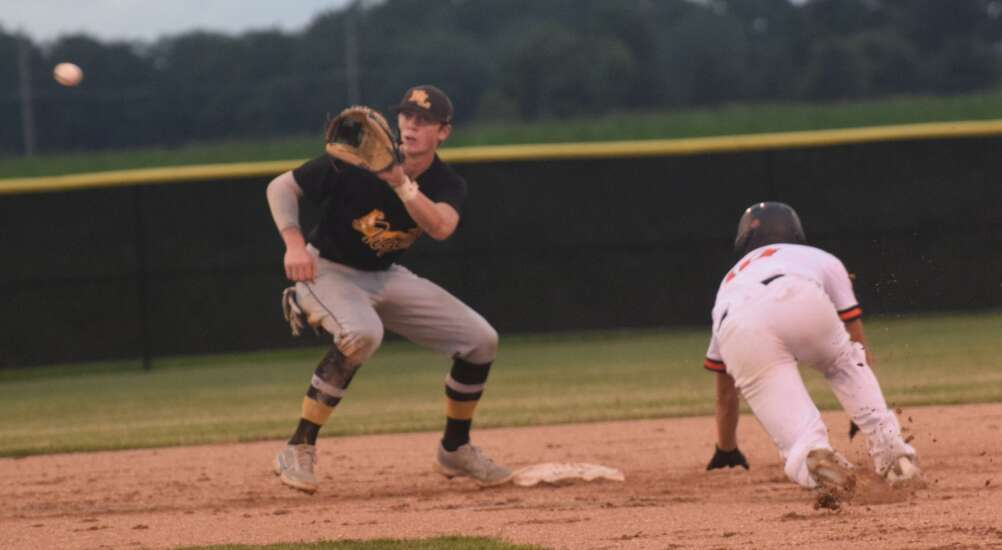 No. 9 New London shuts down, shuts out Van Buren County baseball team