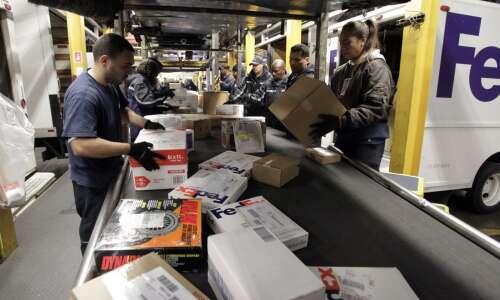 FedEx looks to locate $109M warehouse in Cedar Rapids