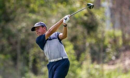 Photos: MVC Valley Divisional boys' golf