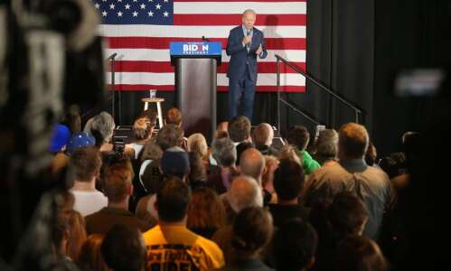 Biden favored in polls, but many Iowa Democrats waiting to…