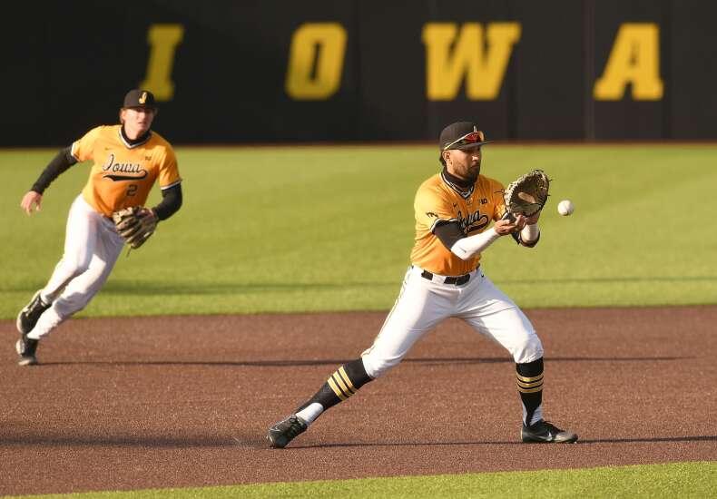 Iowa baseball plays final home series, seeks to cement NCAA regional berth