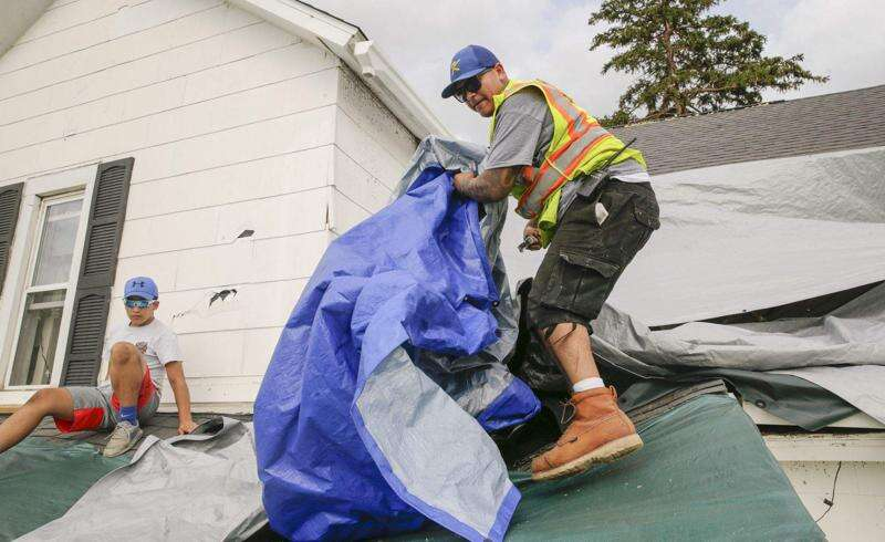 Iowa storm updates: Latest on cleanup, food distribution, outages in Cedar Rapids, Iowa City areas, Aug. 13