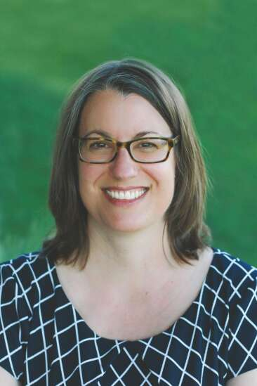 Ending 'ugly' school board meetings priority for Iowa City candidates