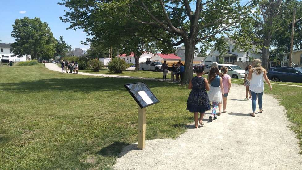 Cedar River Academy students write book, open story walk in Reed Park