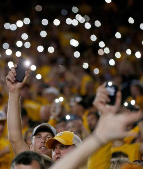 University of Iowa to debut improved Carver, Kinnick cell service