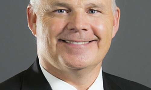 UI dean, presidential finalist contrasts himself to President Harreld