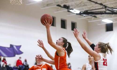 Photos: Solon vs. Davenport Assumption, Class 3A Iowa high school…