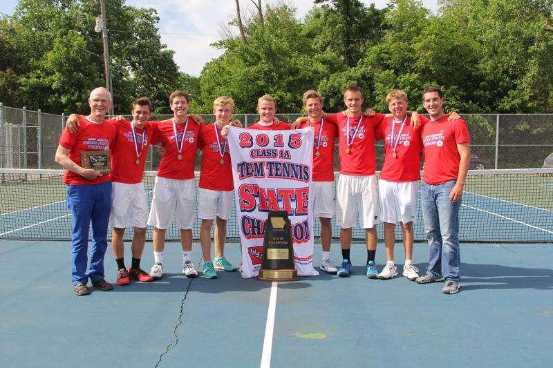 Decorah finds motivation in 2014 tennis loss