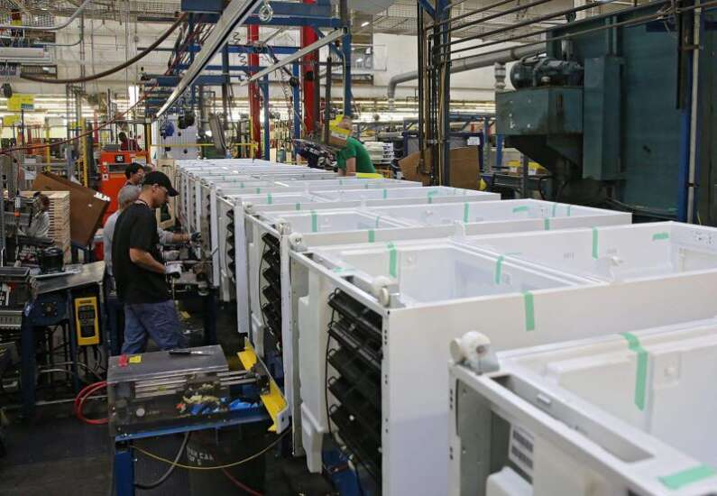 Whirlpool temporarily closes Amana plant again over employees with coronavirus